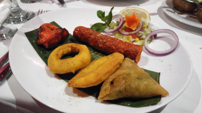 restaurant-Jaipur-Cafe-paris-entrees
